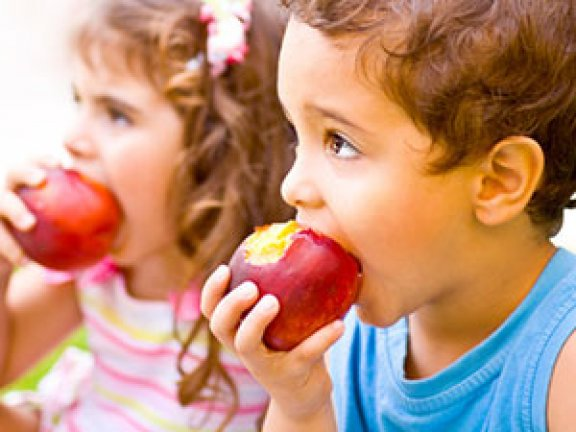 Яблоко: лучший фрукт для детей и аллергиков