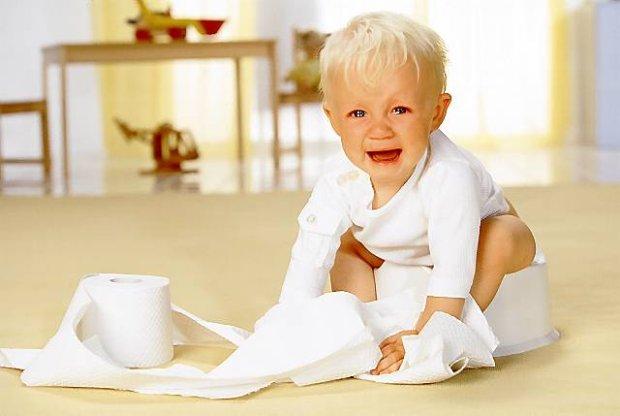 Раннее искусственное вскармливание: одна из причин запоров у детей