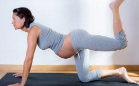 Упражнения помогут беременным справиться с недержанием мочи
