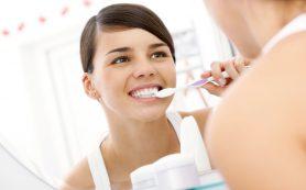 Зачем нужно лечить зубы во время беременности