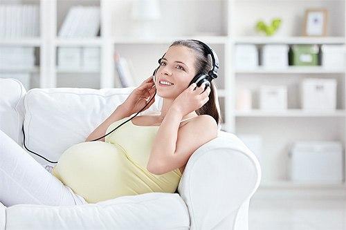 Беременные женщины особо чувствительны к музыке