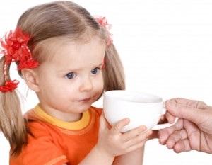 Ученые рассказали, какие напитки больше всего полезны ребенку