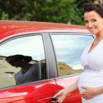 Специалисты считают, что беременным женщинам опасно садиться за руль