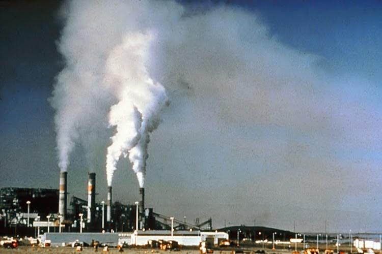 Загрязненный воздух во время беременности отражается на весе плода