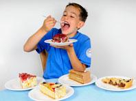 Специалисты назвали основные факторы, увеличивающие риск ожирения у детей