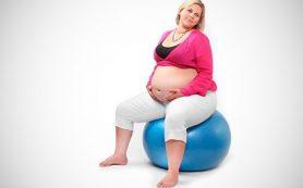 Лишний вес приводит к осложнениям во время беременности