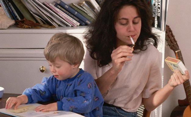 Вредные привычки родителей приводят к возникновению астмы у детей
