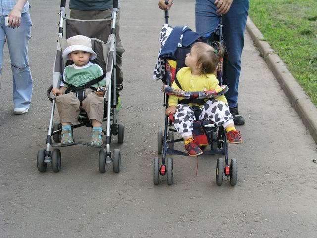 Детские коляски негативно влияют на развитие детей