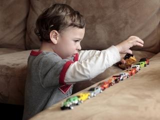 В аутизме у детей виноваты стрессы