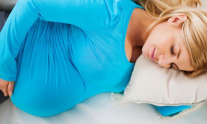 Храп во время беременности может предвещать преэклампсию