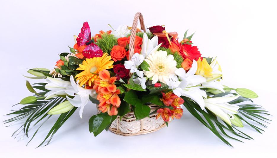 Невероятные композиции из цветов с доставкой по Кировограду