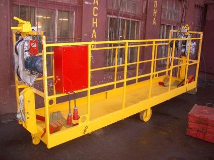Услуги компании «Высотные лифты» и цены на строительную технику