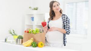 Яичница, овсянка и яблоки: идеальный завтрак беременной