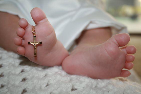 Как выбрать крестик для ребенка