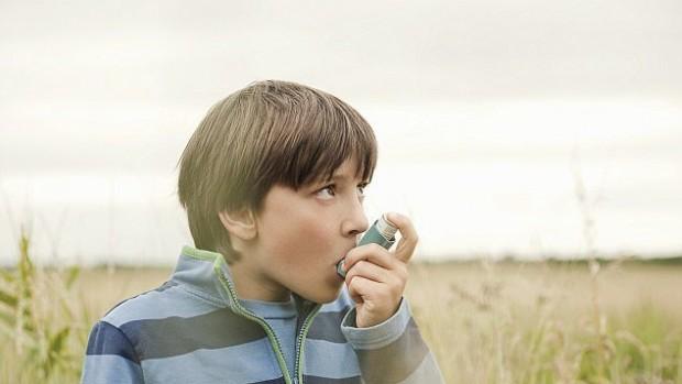 Лекарства против астмы могут негативно повлиять на психику детей
