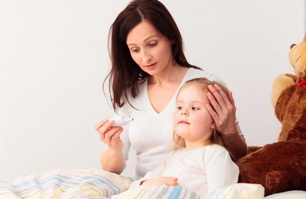 Температура без симптомов у малыша: чем опасна