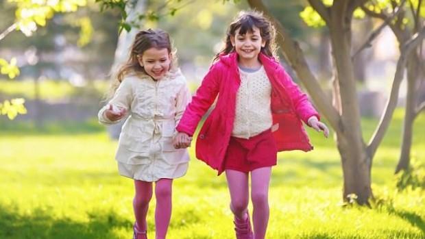 Проживание вблизи зеленых насаждений повышает внимательность у детей