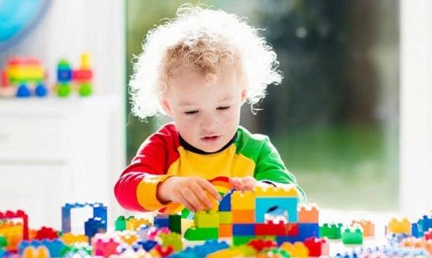 Старые пластмассовые игрушки опасны для детей