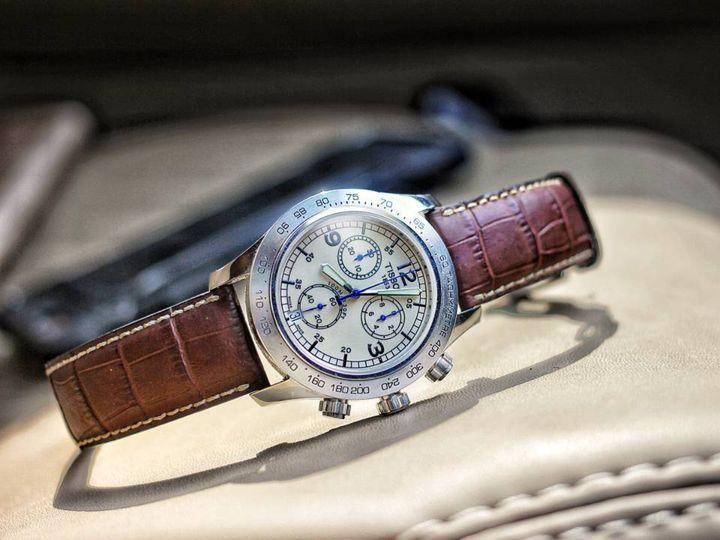 Как правильно выбрать — одни дорогие часы или много недорогих?