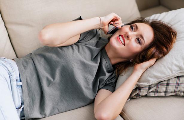 Излучение от мобильных телефонов расслабляет подростков