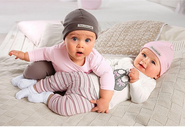 Какой должна быть одежда для новорожденных