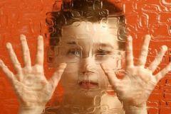 Дети с диагнозом аутизма подвержены большему риску суицида, чем дети без аутизма