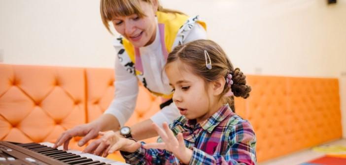 Что влияет на успеваемость детей, выяснили ученые