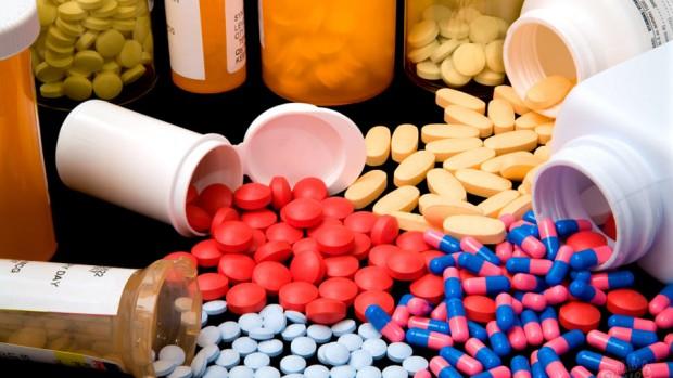 У младенцев, получающих антибиотики и антацидные средства, чаще развивается аллергия