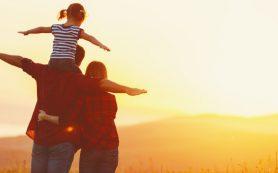 Кто и почему решает взять приемного ребенка?