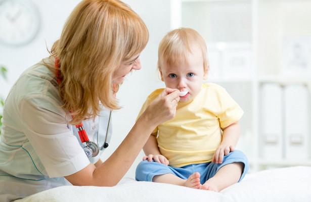 Нежелательные реакции на лекарства у детей: важные факты
