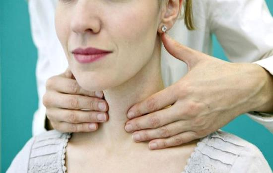 Дефицит гормонов щитовидной железы повышает риск выкидыша