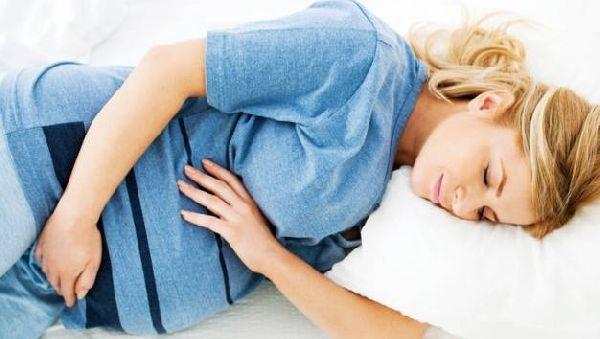 Беременным спать на спине вредно: причины установлены
