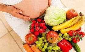 Врачи объяснили, почему беременным опасно набирать вес