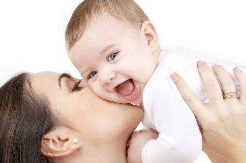 Ученые выяснили, почему новорожденные вкусно пахнут