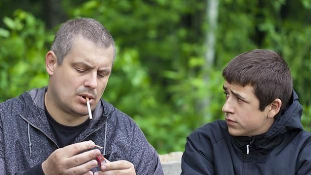 Курящие отцы повышают риск развития СДВГ у своих детей