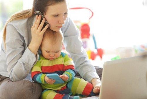 Работающих матерей-одиночек убивают инфаркты и инсульты