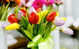 Что подарить на 8 марта: выбираем лучший подарок!