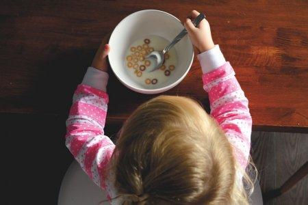 В Минздраве рассказали из-за чего толстеют наши дети