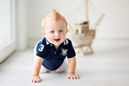 Ребёнку категорически нельзя ползать по ковру и полу
