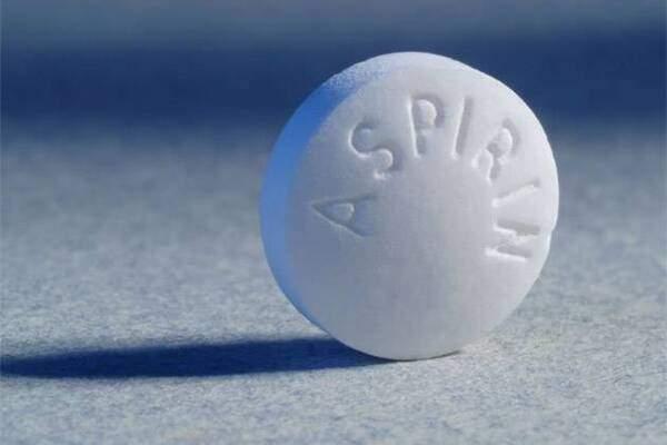 Комаровский предупредил об опасности аспирина для детей