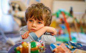 Психолог объяснила, каким детям садик только вредит