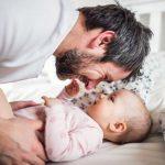 Часики тикают: когда мужчина должен заводить детей