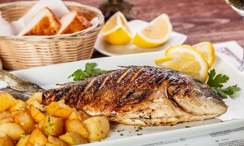 Самые вкусные блюда на праздничный стол: что приготовить на удивление гостям?