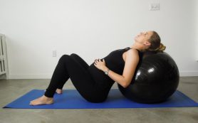 Спорт во время беременности защищает маму и ребенка