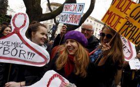 В США могут ввести дополнительные меры по запрету абортов