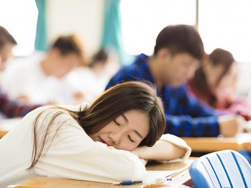 Нехватка сна у старшеклассников оборачивается двойками
