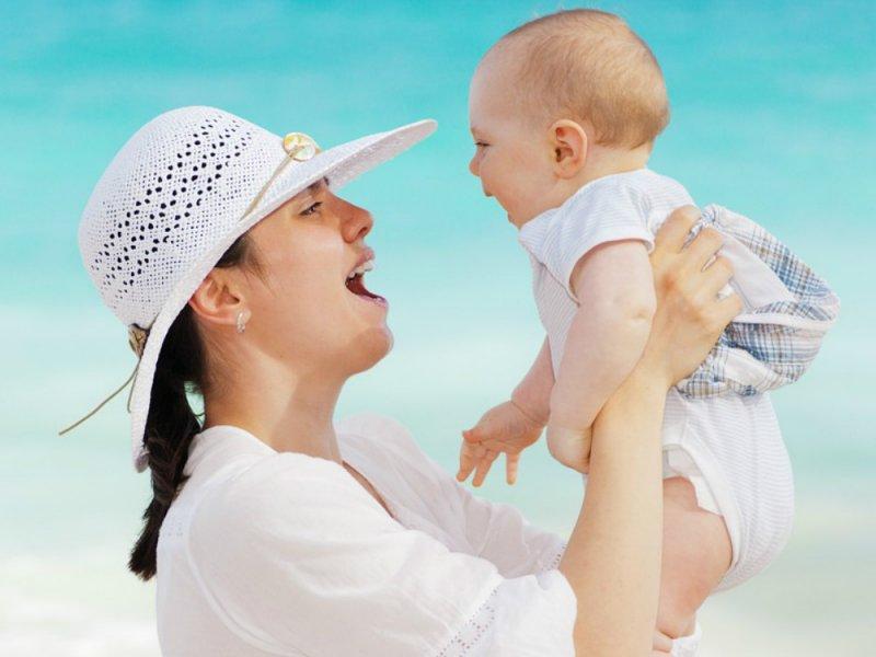 В Минтруде рассказали, в каком возрасте россияне заводят первого ребенка