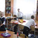 Психолог рассказал, что делать, если ребенок прогуливает школу