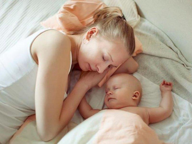 Жители России назвали доход, необходимый для рождения ребенка