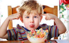Питание для людей с дефицитом внимания (СДВГ): что следует есть, а чего избегать
